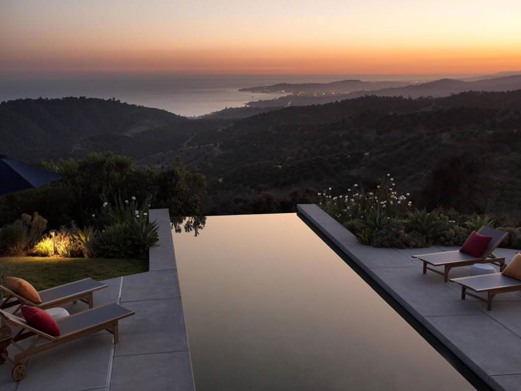 California-House-With-A-Beautiful-View-11