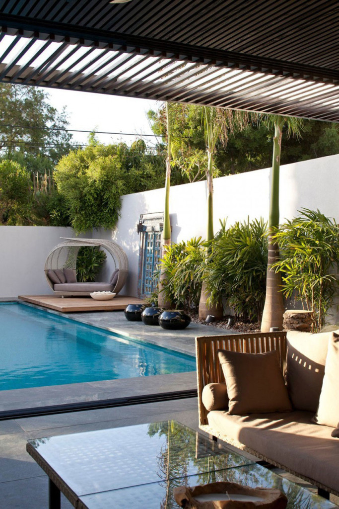 Giving-A-Modern-Look-To-An-Old-House-By-Nurit-Leshem-4