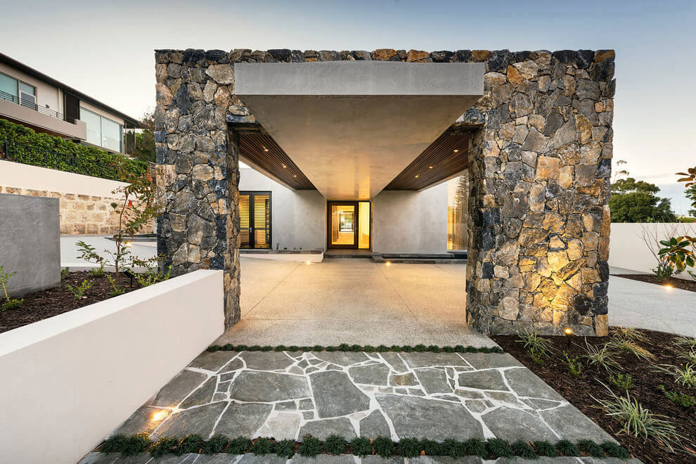 Modern-House-With-A-Special-Look-2