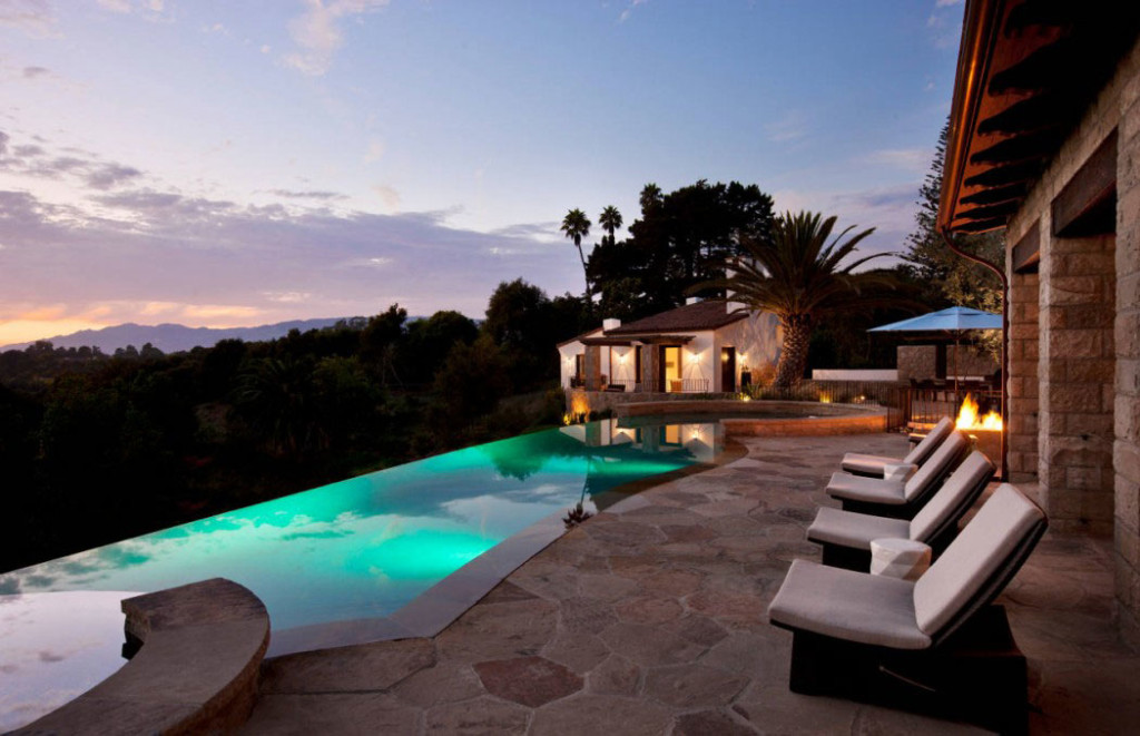 Modern-Style-For-A-Classic-Ranch-2