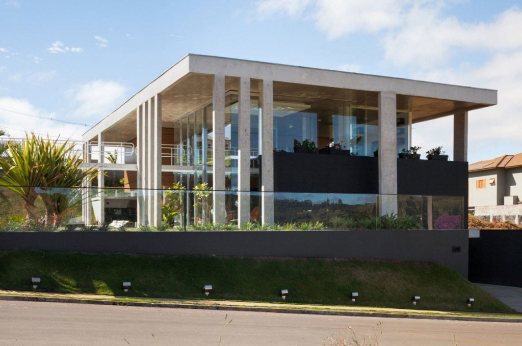 The-Botucatu-House-Stands-As-An-Architectural-Masterpiece-1