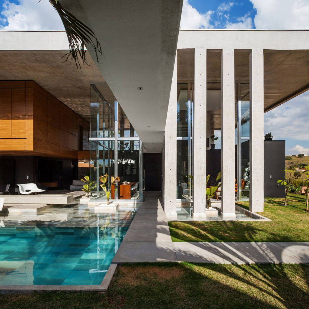 The-Botucatu-House-Stands-As-An-Architectural-Masterpiece-5