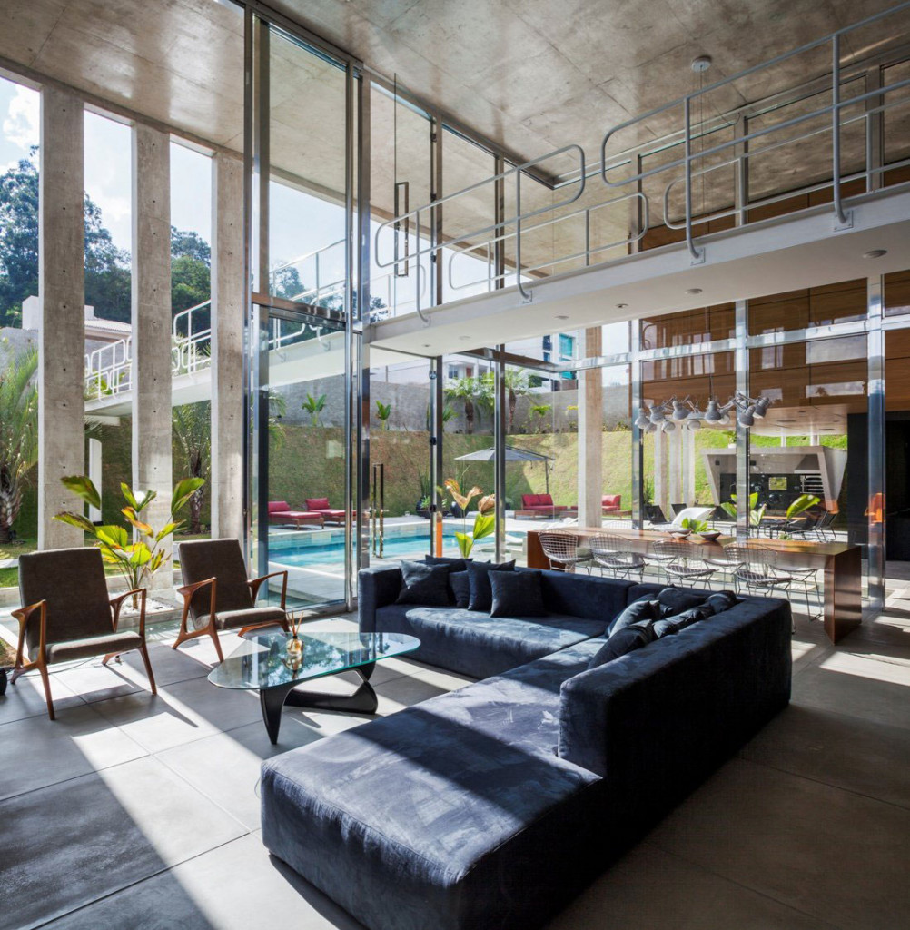 The-Botucatu-House-Stands-As-An-Architectural-Masterpiece-9