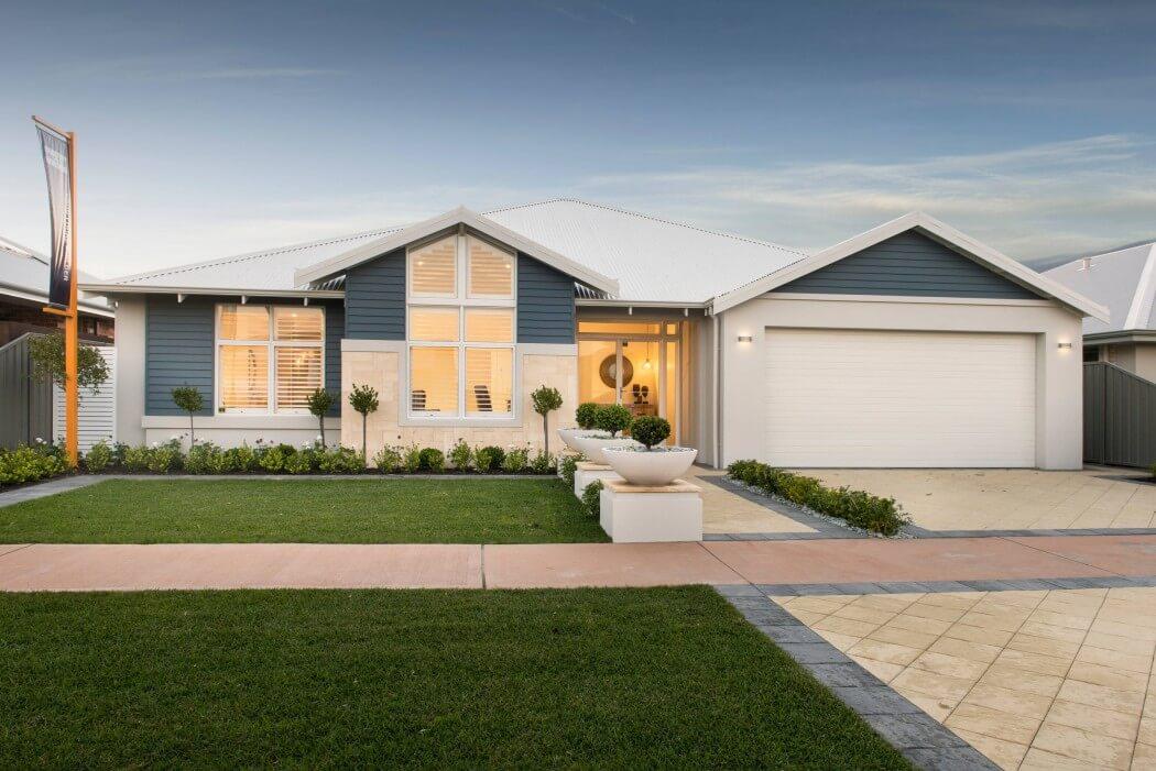 001-hampton-beach-home-wa-country-builders-1050x701