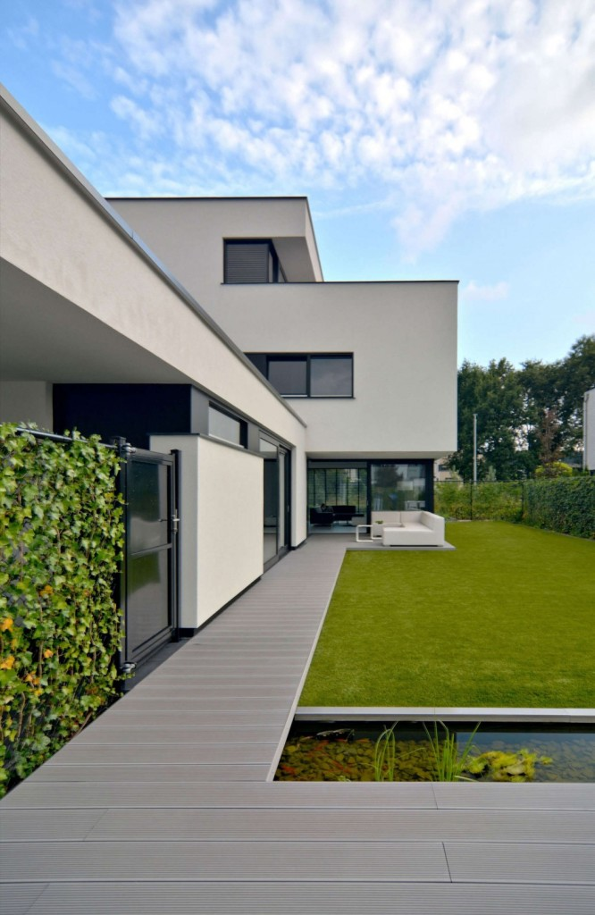 002-house-kn-ckx-architects-1050x1614
