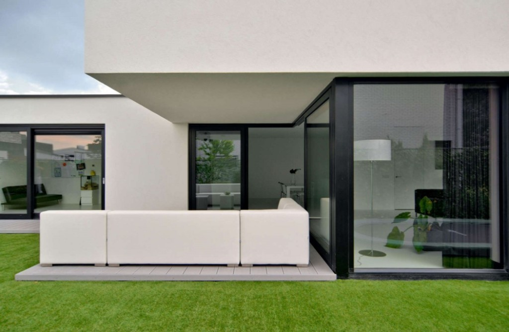 003-house-kn-ckx-architects-1050x685