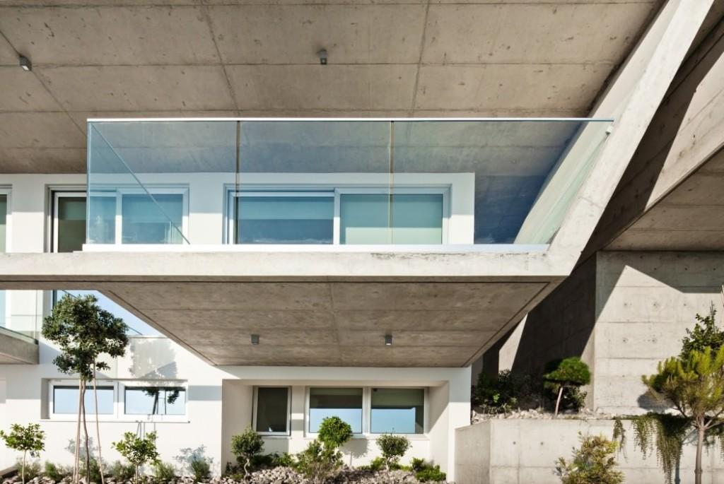 003-prodromos-desi-residence-studio-vardas-1050x702
