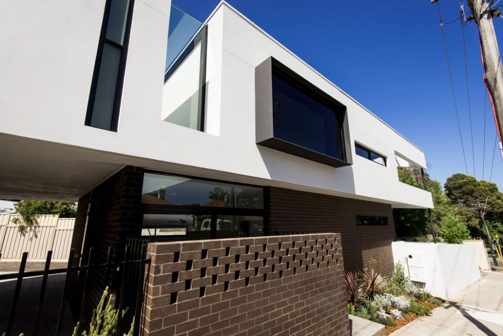 004-mount-lawley-house-robeson-architects-1050x701