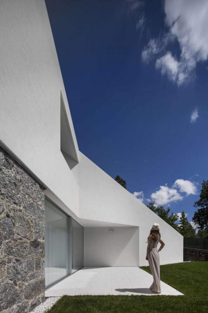 008-tade-house-rui-vieira-oliveira-vasco-manuel-fernades-1050x1576