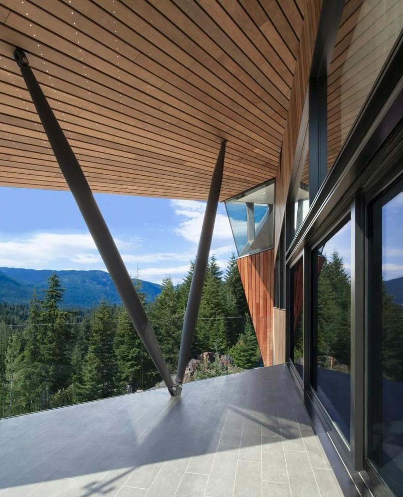 011-hadaway-house-patkau-architects-1050x1294