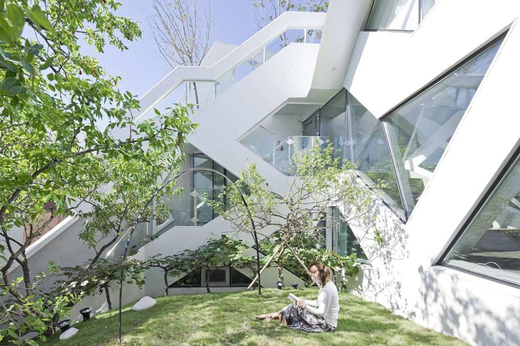 011-hwa-hun-iroje-khm-architects-1050x698