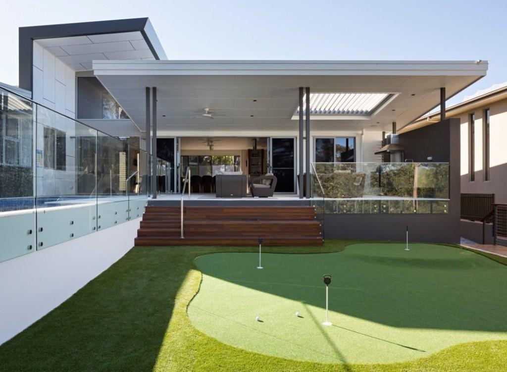 032-golf-house-studio-15b-1050x770