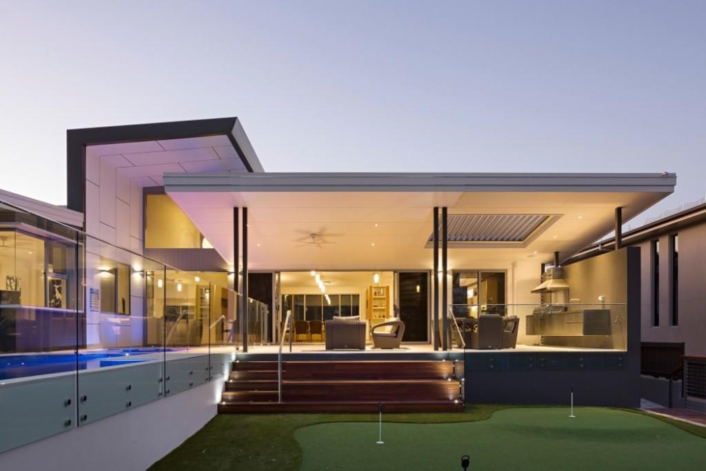 043-golf-house-studio-15b-1050x700
