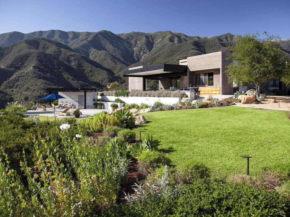 California-House-With-A-Beautiful-View-1