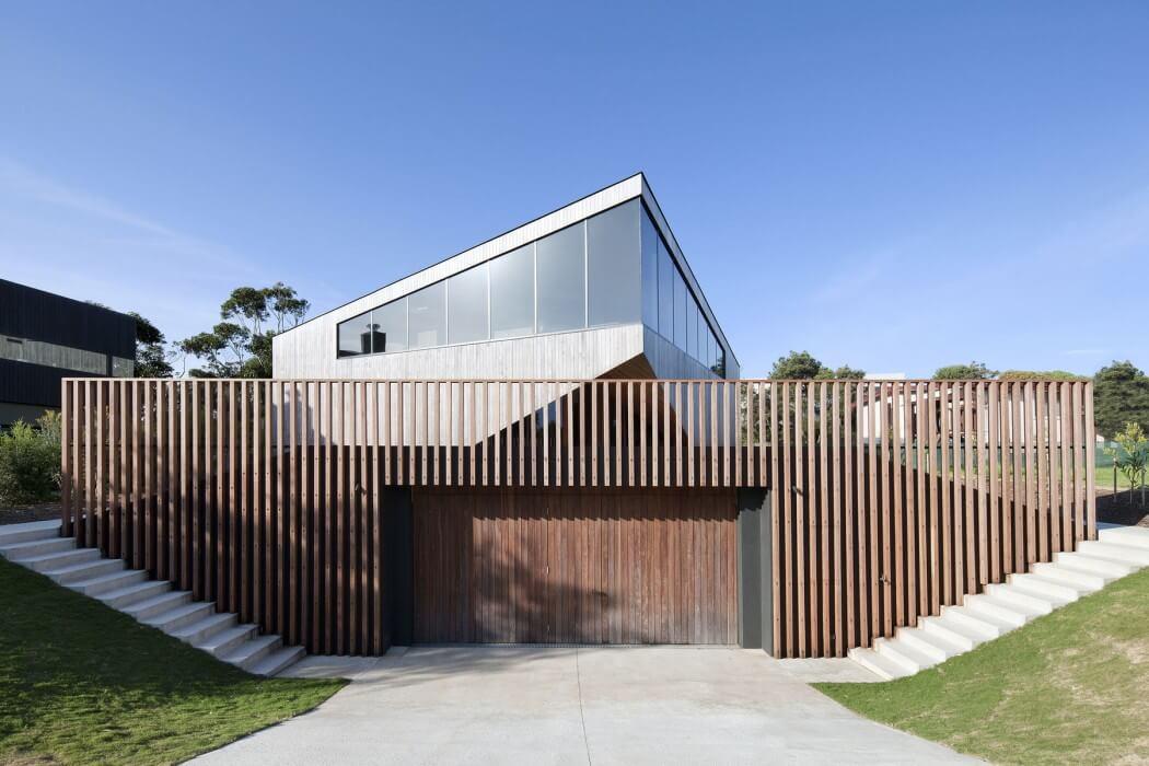 001-aireys-house-byrne-architects-1050x700